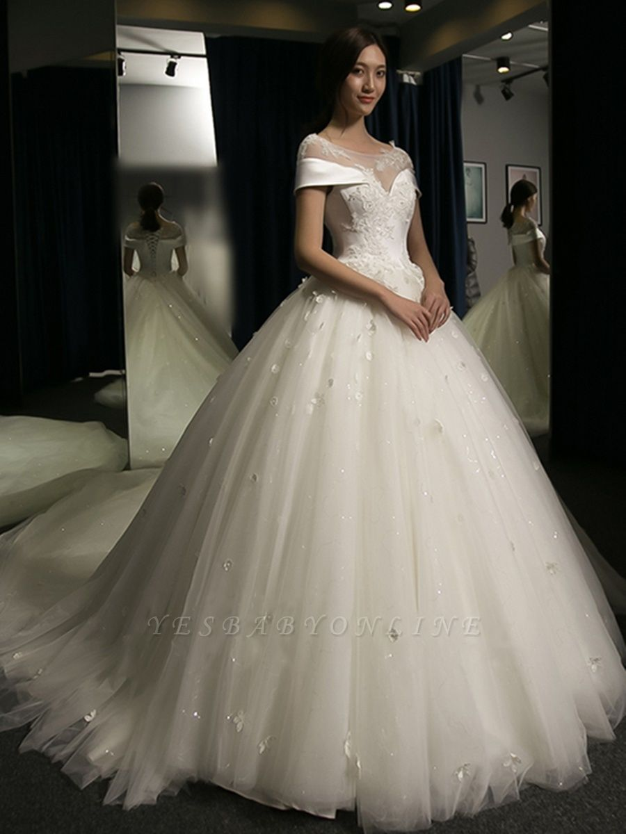 Exquisite Cap-Sleeves Scoop Puffy Cathedral Train Lace-Applique  Wedding Dresses