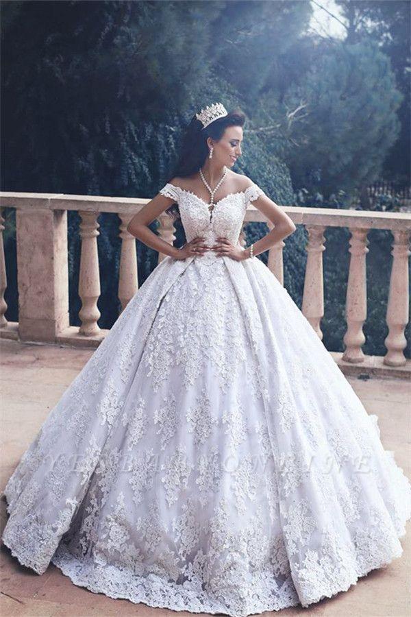 Luxurious Appliques Lace Princess Princess Off-The-Shoulder Wedding Dress