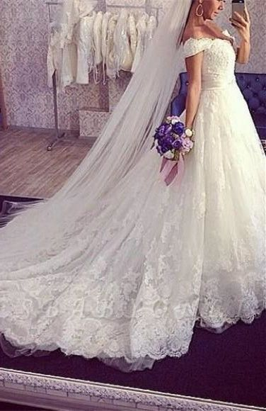 Tulle Ball-Gown Off-the-shoulder Lace ExquisiteTrain Wedding Dress
