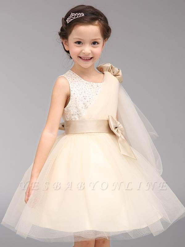 Cute A-Line Tulle Scoop Bowknot Beading Knee-Length Flower Girl Dress