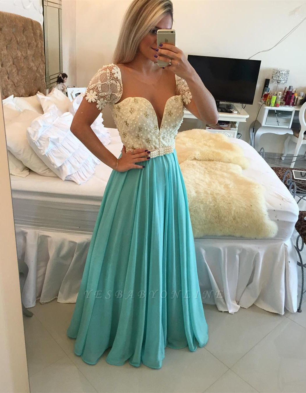Lace Pearls  Modest A-line Short-Sleeve Prom Dress