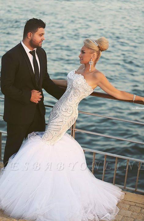 Luxurious Sweep Train Crystal Beading Mermaid Tulle Wedding Dress with Detachable Train