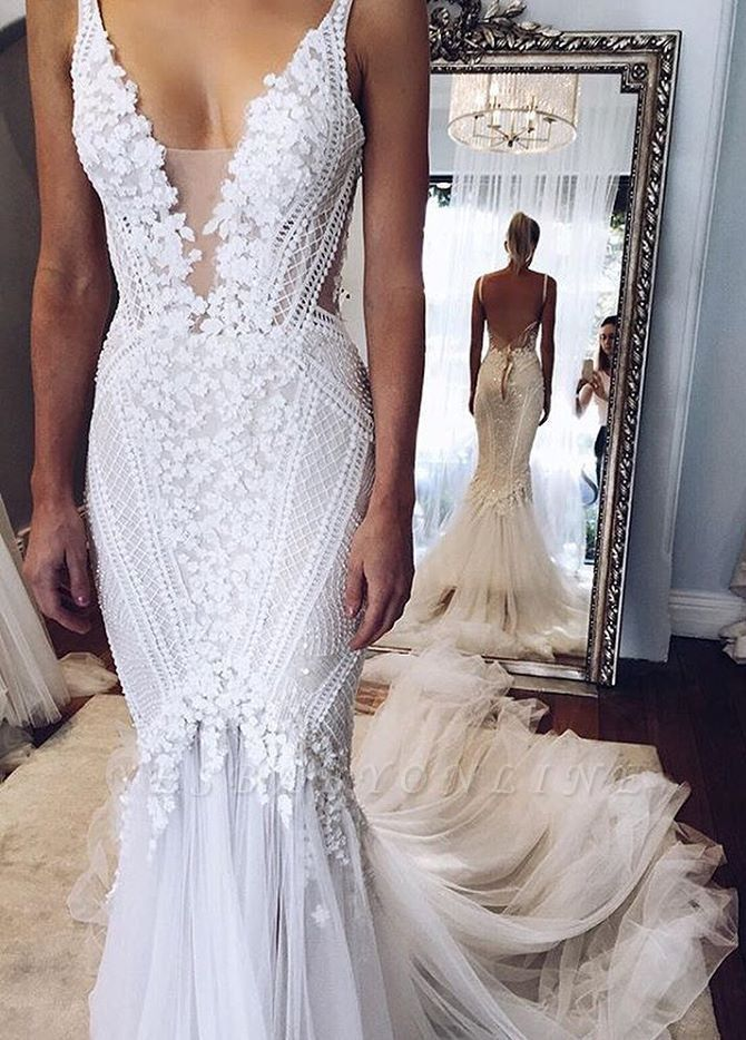 V-Neck Glamorous Open-Back Mermaid Appliques Wedding Dress