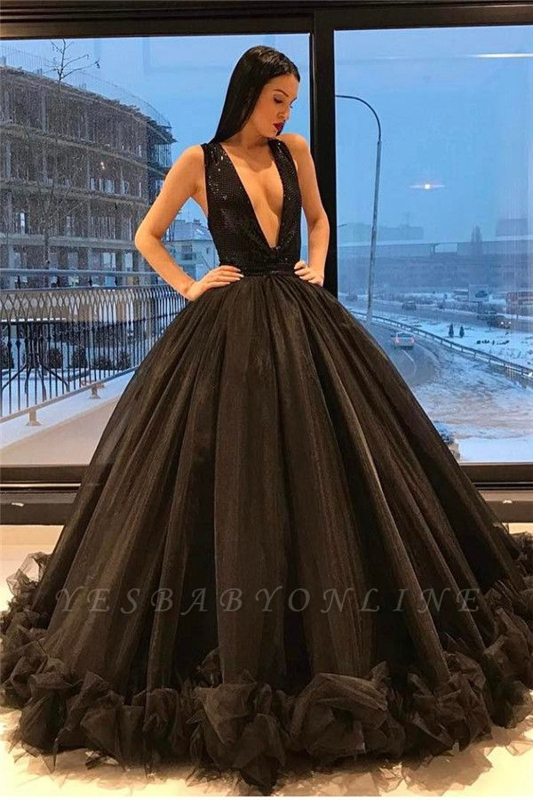 Sparkling Sleeveless Puffy Sequins Sexy Ruffles Deep-V-Neck Black Tulle Evening Gown