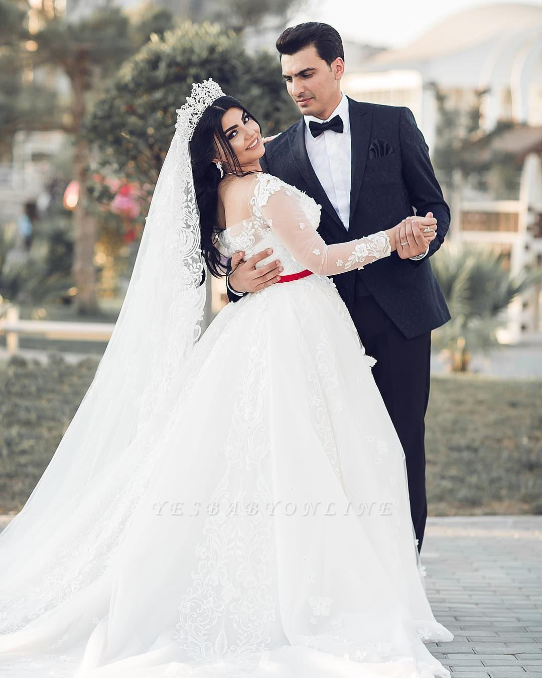 A-Line White Lace Tulle Long Long Sleevess Wedding Dresses