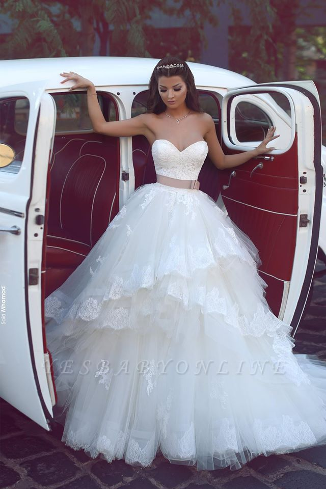 Glamorous  Ruffles Sweetheart Tulle Lace Appliques Wedding Dresses
