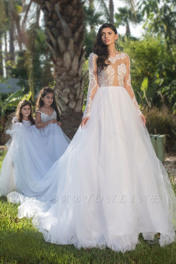 Long Sleeves Tulle Stylish A-line Lace-appliques Wedding Dress