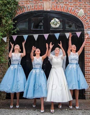 Scoop-neckline A-line Lace Tea-length Sashes Bridesmaid Dress