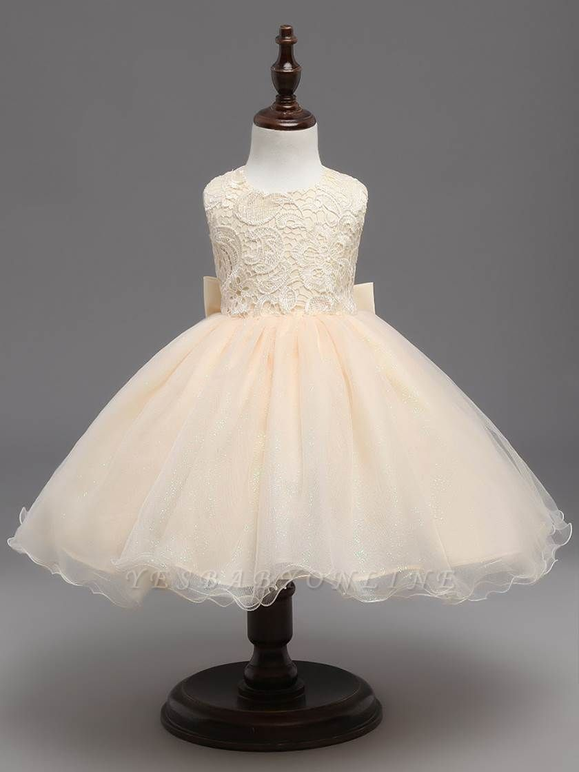 Cute A-Line Tulle Lace Scoop Sleeveless Flower Girl Dress with Bowknot