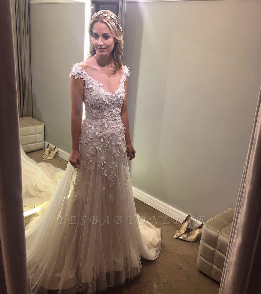 A-Line Tulle Glamorous Lace-Applique Wedding Dresses