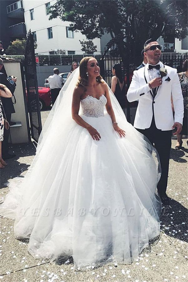 Princess Sweetheart Backless Applique Ball Gown Wedding Dresses