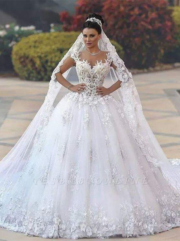 Luxurious Lace Sleeveless Appliques Princess Wedding Dress