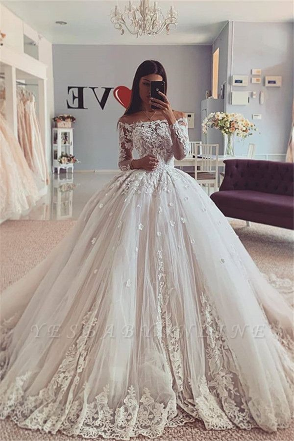 Gorgeous Jewel Long Sleeve Applique Lace Ball Gown Wedding Dress