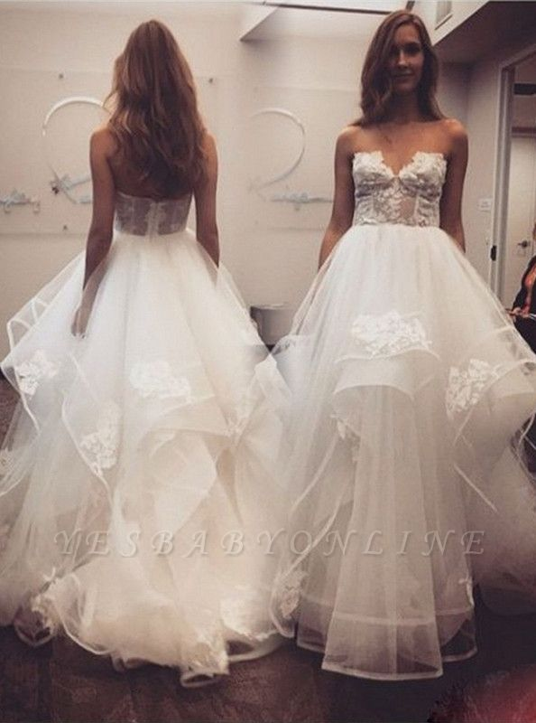 Chic Delicate Sweetheart Lace Tulle Wedding Dress