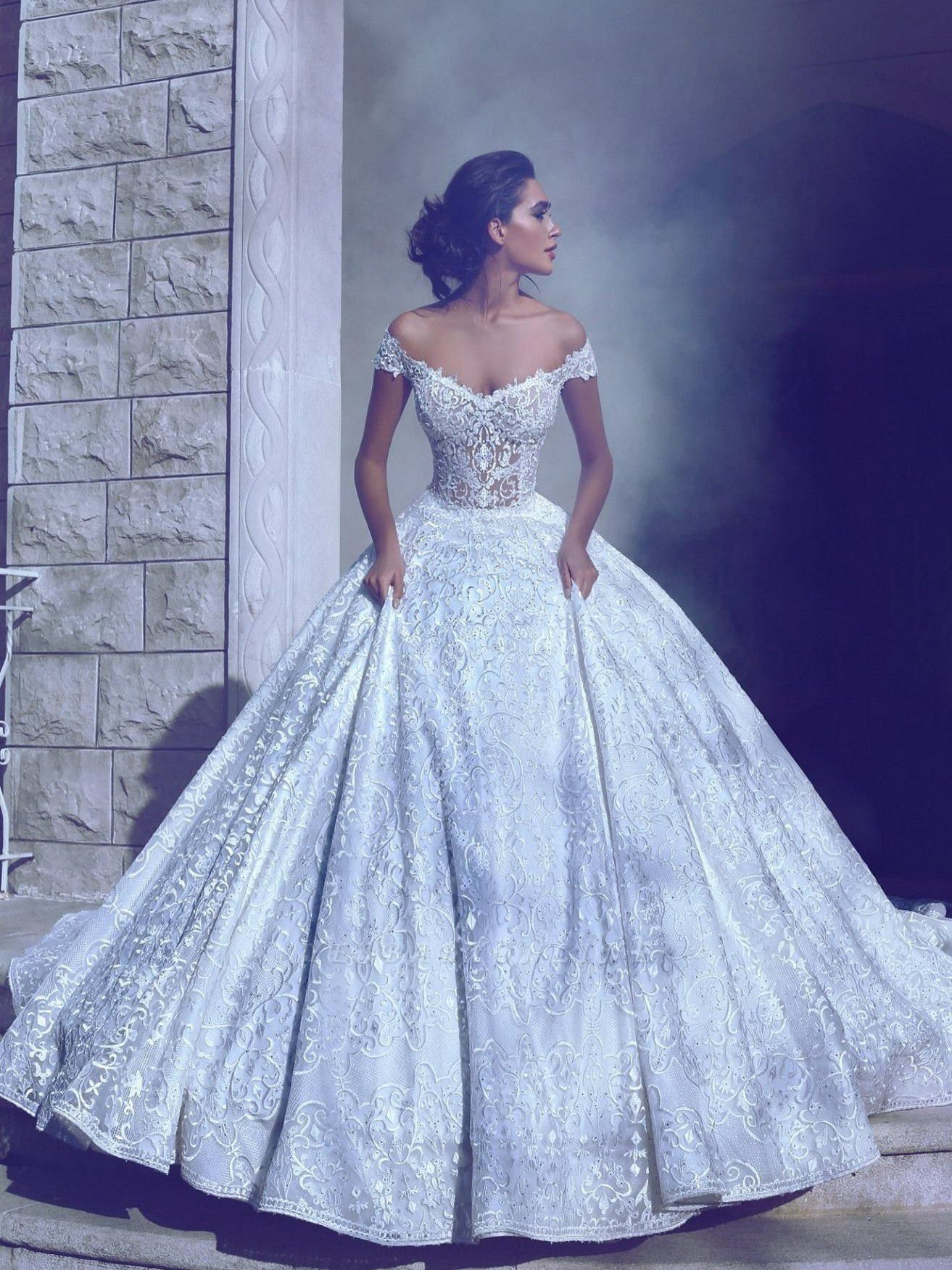 Glamorous Long Off-The-Shoulder Princess Ball Gown Wedding Dresses