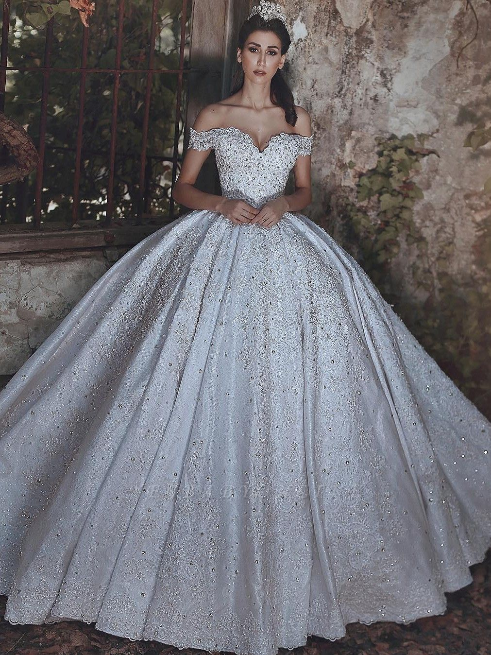 Lace-Applique Charming Beaded Princess Ball Gown Off-The-Shoulder Wedding Dresses