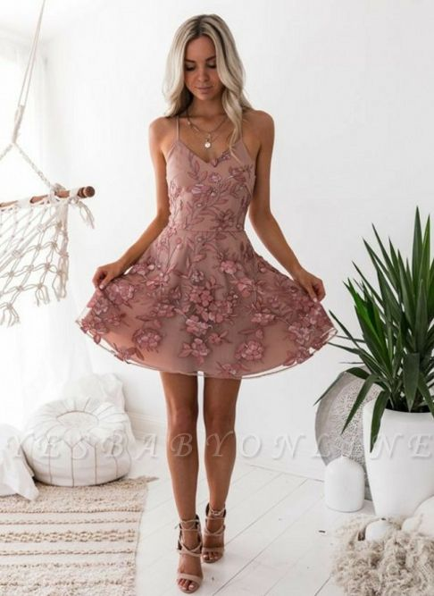 A-Line Pink Floral Homecoming Dresses | Spaghetti Straps Lace Appliques Cocktail Dresses