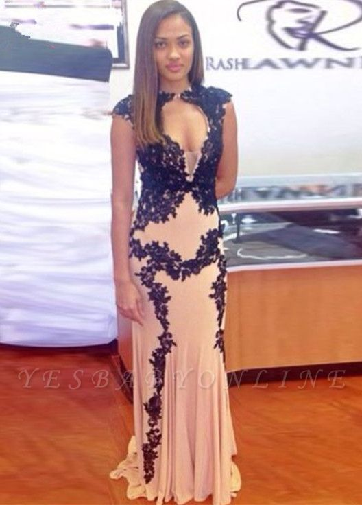 Sexy Nude Mermaid Prom Dresses Capped Sleeves Black Lace Appliques Evening Gowns