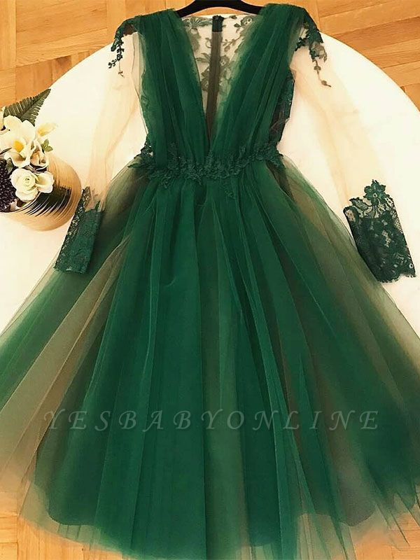 Chic A-Line Green  Homecoming Dresses | V-Neck Long Sleeves Lace Applique Cocktail Dresses