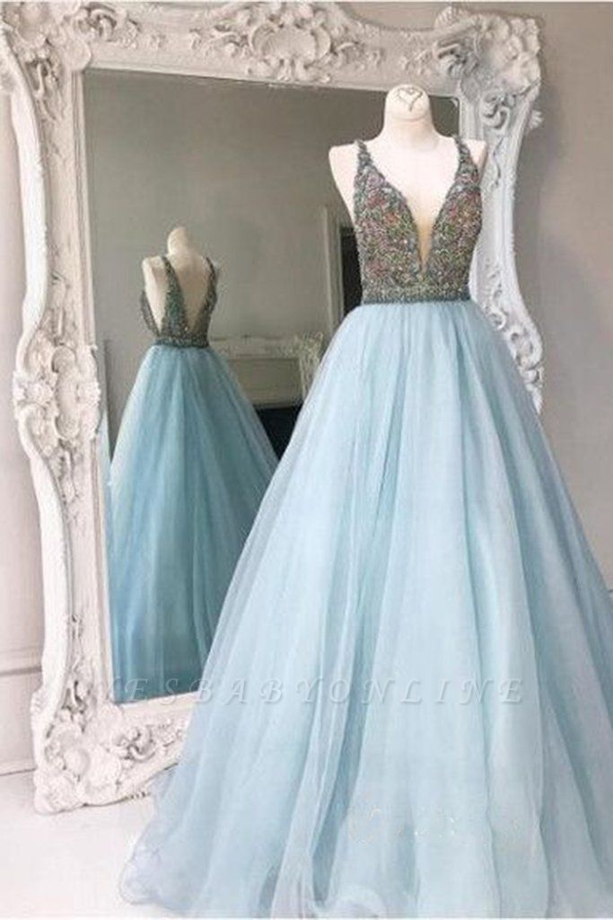 Zipper Sleeveless A-line Tulle Crystals V-neck Stunning Prom Dress
