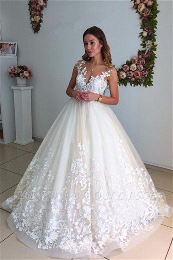 Floor-Length Backless Appliques A-Line Court Train Lace Wedding Dress