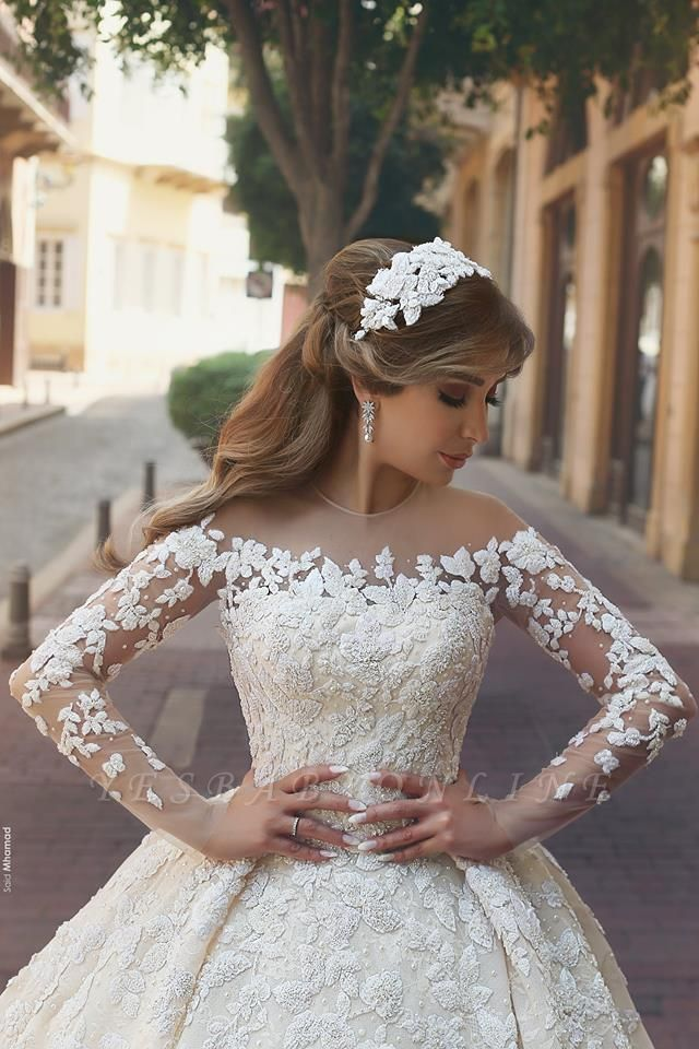 Tulle Crystal Long Sleevess Appliques Glamorous Wedding Dress