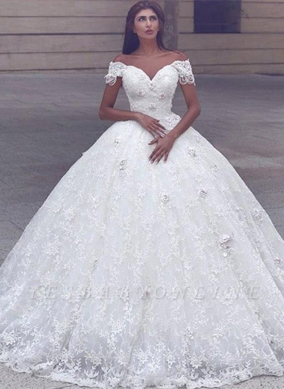 Glamorous Ball Gown Lace Short Sleeves Puffy Wedding Dresses