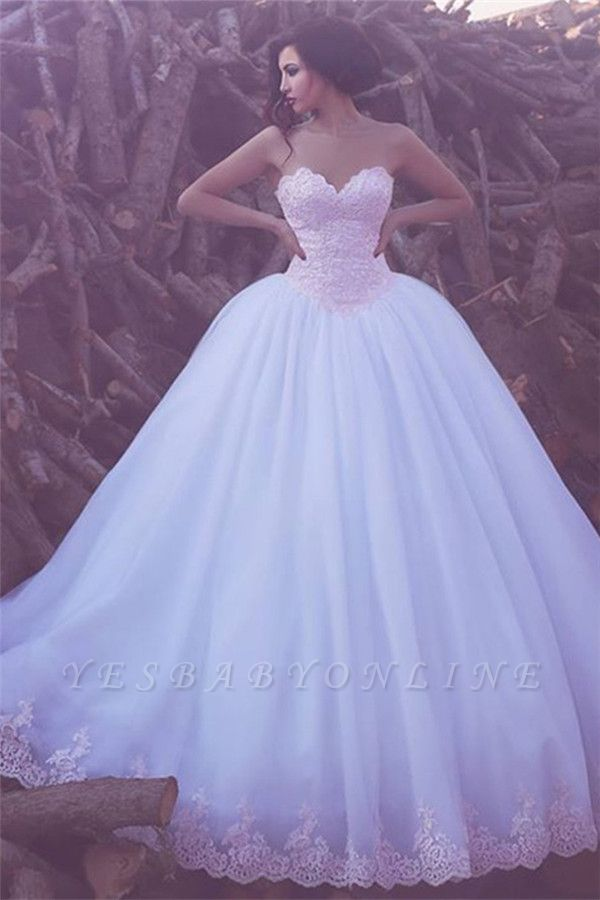Glamorous Sweetheart Ball Gown Appliques Tulle Wedding Dresses