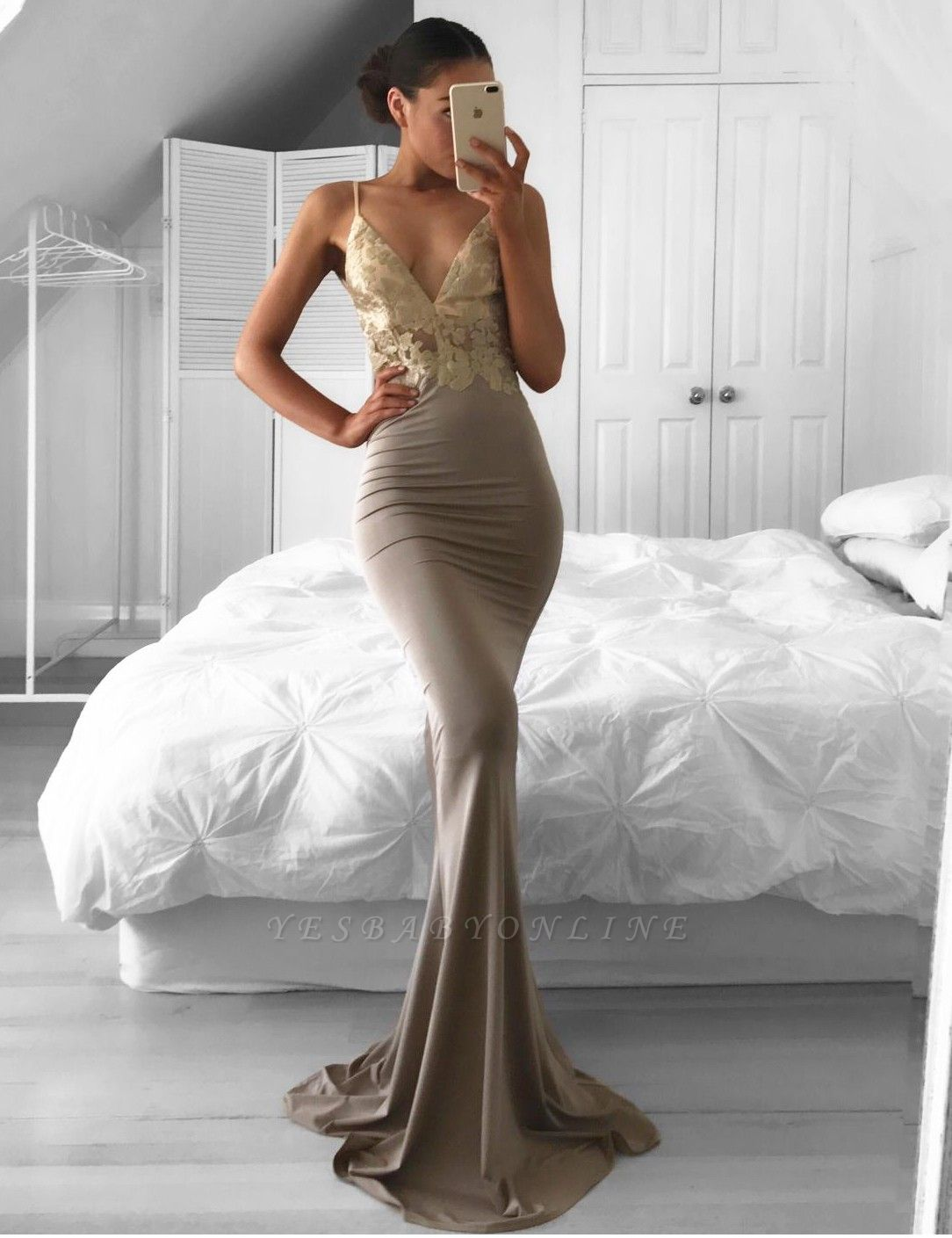 Mermaid Sexy Lace Sweep-Train Sleeveless Spaghetti-Strap Prom Dress