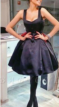 Short Square-Neck Vintage Bowknot Little-Black Dresses