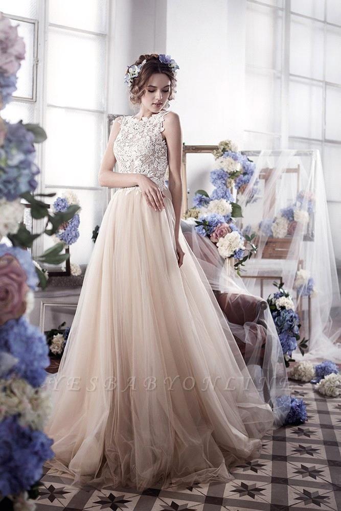 Appliques Romantic Tulle Sleeveless Classic Wedding Dress