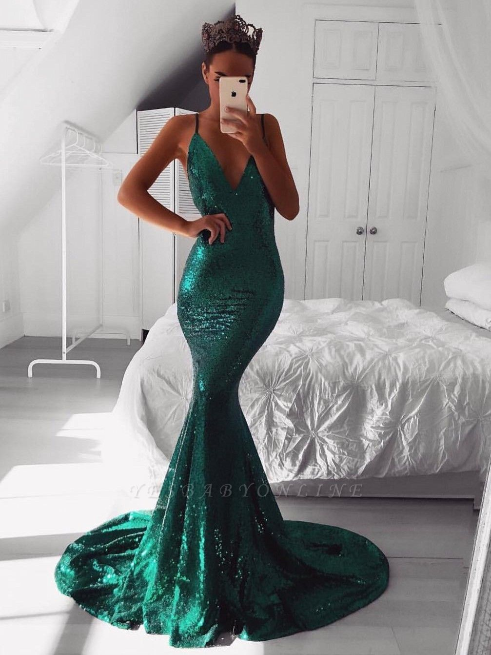 Mermaid V-Neck Sleeveless Evening Dresses | Spaghetti Straps Sweep Train Evening Gowns with Sequins