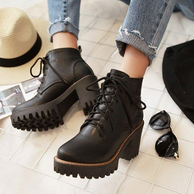 PU Lace-up Daily Round Toe Chunky Boots On Sale_1