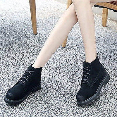 Grind Cowhide Leather Round Toe Boots On Sale_3
