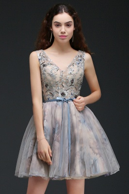 A-line Short Cute Homecoming Dress With Appliques_4