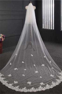 Elegant Lace Applique Edge Wedding Gloves with Appliques