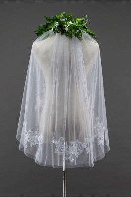 Floral Cute Tulle Cut Edge 1.5*1.5M Wedding Gloves with Appliques Sequined