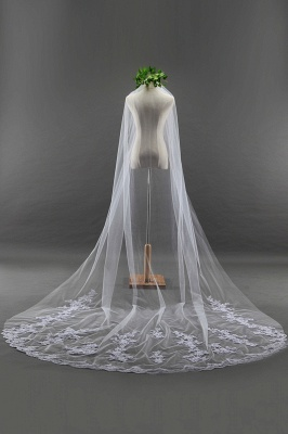 Elegant Cathedral Tulle Scalloped Edge 3*1.8M Wedding Gloves with Appliques_4
