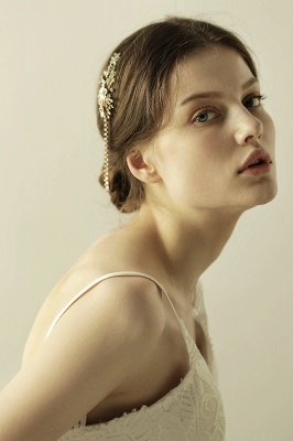 Beautiful Alloy Special Occasion Hairpins Headpiece with Rhinestone_1