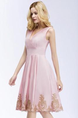 ROSEANNE   A-line V-neck Knee Length Sleeveless Appliques Homecoming Dresses_5