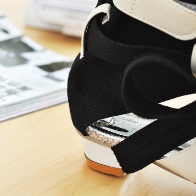 Daily Hollow-out PU Summer Sandals_8