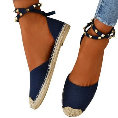 Comfortable Adjustable Buckle Rivet Sandals_17