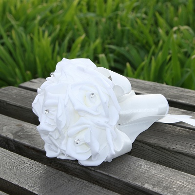 Simple Silk Rose wedding Bouquet in Multiple Colors_1