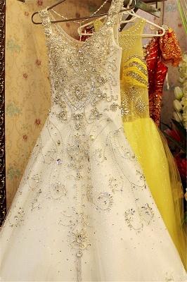 Court Train V-neck Sleeveless Crystal Beaded Wedding Dresses_1