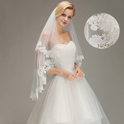 Lace Edge Wedding Veil with Comb Two Layers Tulle Bridal Veil_3