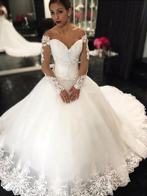 Dramatic Off-the-Shoulder Puffy Tulle Applique Sleeveless Wedding Dresses_1