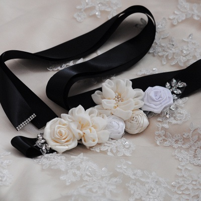 Fashion Chiffon Flowers Wedding Sash with Beadings_4