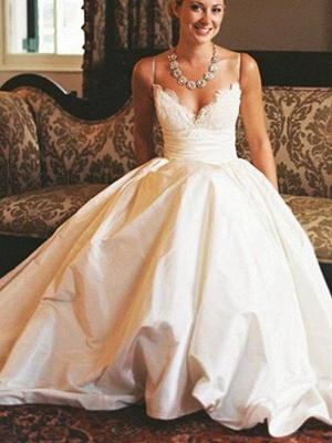 Glamorous V-neck Sleeveless Sweep Train Ruched Satin Wedding Dresses_4