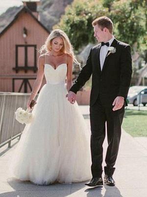 Glamorous Tulle Sweetheart Sweep Train Puffy Sleeveless Wedding Dresses_1