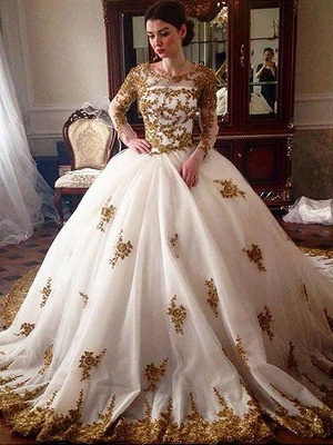 Dramatic Scoop Tulle Puffy Long Sleeves Court Train Wedding Dresses_1